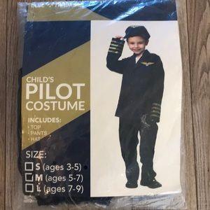 Pilot 👨✈️ costume